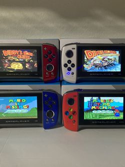 Hand Held Game Whit 500 Prealoaded Games Rechargeable $50.New for Sale in Bloomington,  CA