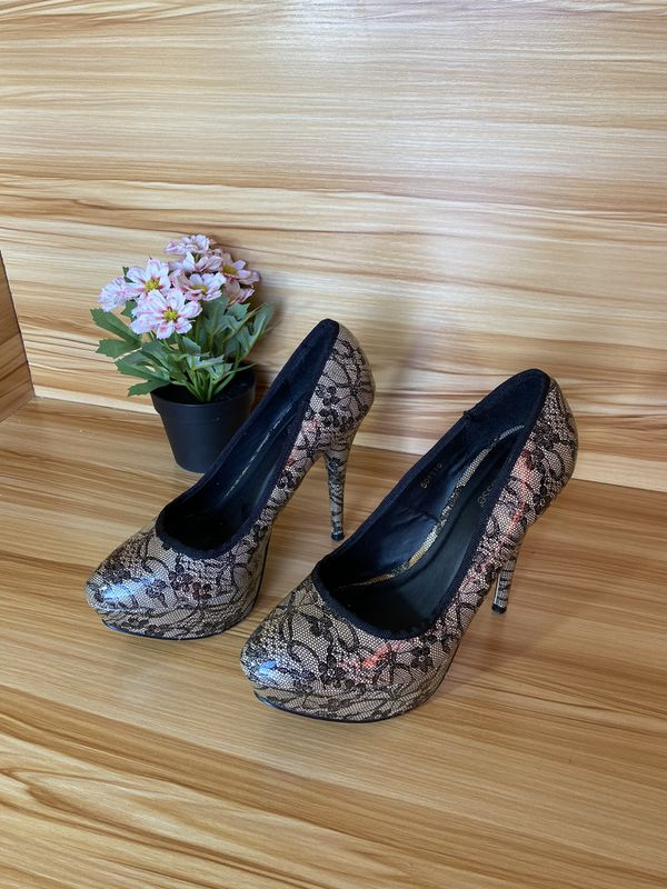 Lace mesh women Charlotte Russe heels barely used