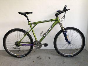 1999 GT Backwoods Mountain Bike for Sale in Dania Beach, FL