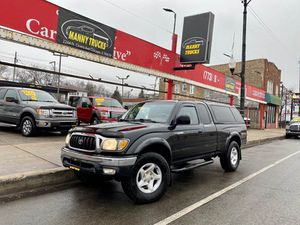 2001 TOYOTA TACOMA 4X4 for Sale in Chicago, IL