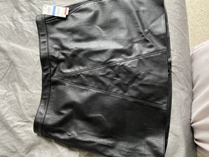 Black Skirt for Sale in Euless, TX