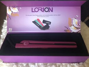 Lionesse Lorion Flat Iron Hair Straightener - with 5 different attachments for Sale in Deltona, FL