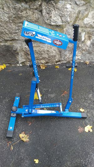 Louisville Slugger Blue Flame Ultimate Steel Pitching Machine for Sale in Danbury, CT
