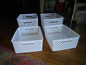 4 perfect white organizer baskets for Sale in Phoenix, AZ