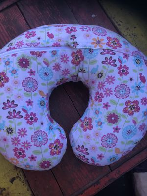 Breastfeeding pillow for Sale in Sunbury, PA