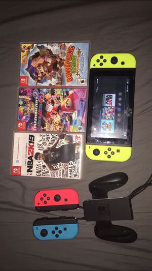 Nintendo Switch with extra controller and 3 games for Sale in College Park, GA