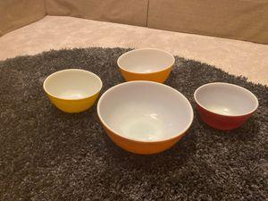 4 vintage Pyrex nesting bowls for Sale in Woodbridge, VA