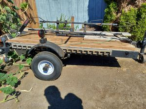 Flat bed trailer with lights 4x6 for Sale in Vancouver, WA