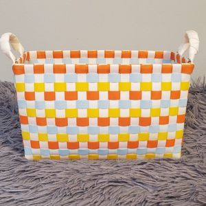 """Gently Used Plastic Yellow Orange White Storage Container 4""""x9"""" 6"""" Tall $5.00 for Sale in Gardena, CA"""