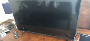 40 inch flatscreen smart TV for Sale in Mount Pleasant, MI