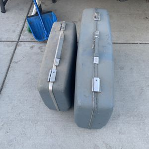 Vintage Forecast Sears 2 Piece Luggage Set for Sale in Fresno, CA