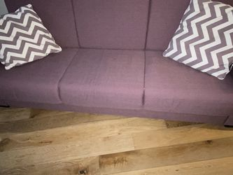 Purple sleeper couch for Sale in Brooklyn,  NY