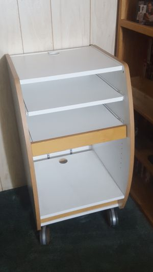 Free medical cart for Sale in Graham, WA