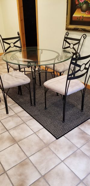 Kitchen table &4 chairs for Sale in Metuchen, NJ