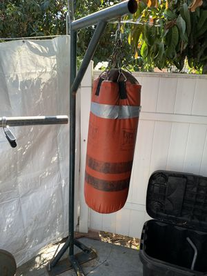Punching bag with stand for Sale in Vernon, CA