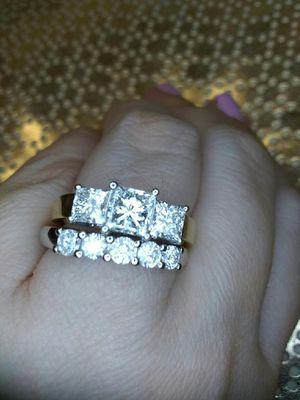 2 carat diamond engagement ring princess for Sale in Atlanta, GA