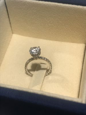 Beautiful engagement ring for Sale in Tampa, FL