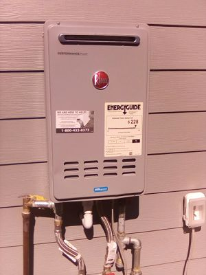 Brand New Tankless Rehenn gas water heater for Sale in Patterson, CA