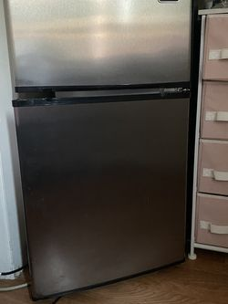 Whynter Mini Refrigerator for Sale in Santa Clara,  CA