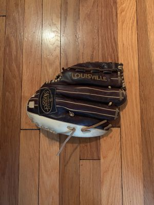 Loisville slugger baseball glove OMAHA SELECT SERIES (LEFTY) for Sale in Arlington, MA