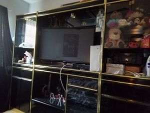 Wall Unit- Free for Sale in Sterling, VA