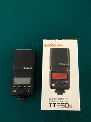 Godox TT350S 2.4G HSS 1 / 8000s TTL GN36 Camera Speedlite Compatible Sony Mirrorless Digital Camera for Sale in Daly City, CA