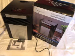 Mainstays infrared quartz console space heater for Sale in Atlanta, GA