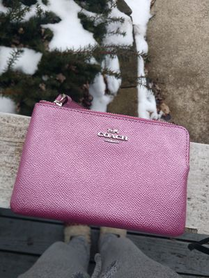 Coach wristlet and purse for Sale in Midlothian, IL