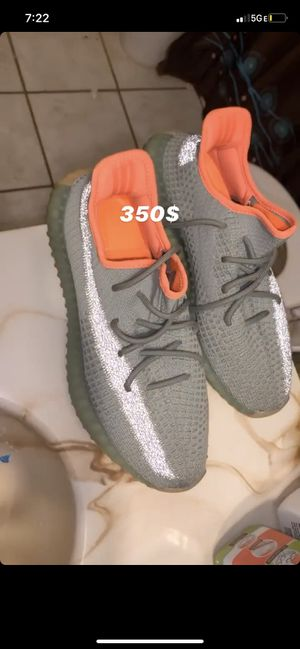 Yeezy adidas $350 for Sale in Columbus, OH