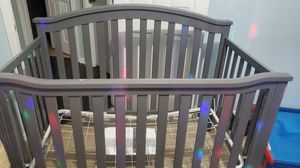Gray Baby Crib without mattress in Good Condition for Sale in Ocoee, FL
