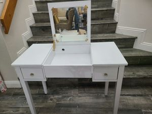 Modern Vanity 2 Drawers With Mirror and Chair for Sale in West Covina, CA
