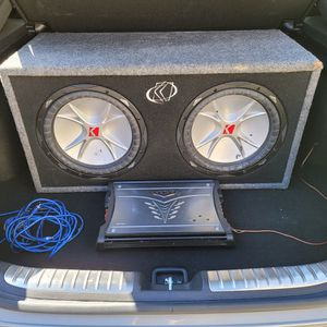 Dual Kicker 12 Inch Subwoofers In Box With Kicker Amp for Sale in San Diego, CA