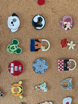 Disney collectables pins Disneyland 10 pins for $20 for Sale in Chula Vista, CA