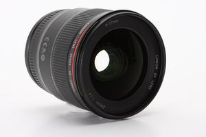 Canon EF 24mm F1.4L II USM lens   MINT condition LNIB for Sale in Seattle, WA