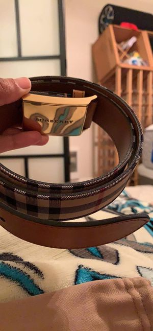 Burberry belt (Brand new) for Sale in Portland, OR