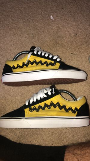 Vans Old Skool Peanut Charlie Brown size 7 men's for Sale in Elk Grove, CA