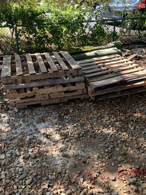 Free wood pallets for Sale in Red Bank, NJ