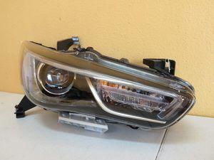 2016-2019 INFINITI QX60 FX35 RIGHT HEADLIGHT HALOGEN-LED for Sale in Houston, TX