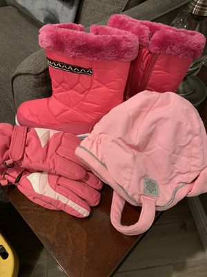 ❄️SNOW CLOTHES❄️ for a little girl! for Sale in Beverly Hills, CA