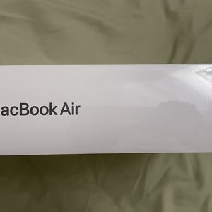 Apple MacBook Air m1 Chip Latest 2020 8gb Ram 256gb Space Gray for Sale in Queens, NY