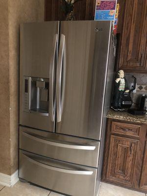 Lg fridge for Sale in Houston, TX