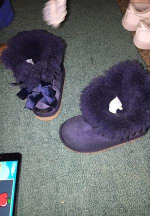 Little girls ugg boots size 10 for Sale in Nashville, TN