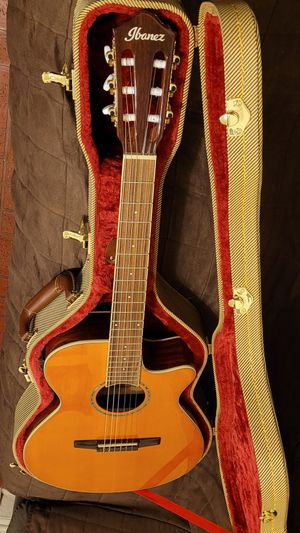 IBANEZ ACOUSTIC ELECTRIC CLASSICAL NYLON STRINGS GUITAR MODEL AEG10NII-TNG MADE IN INDONESIA IN NATURAL COLOR for Sale in Chicago, IL