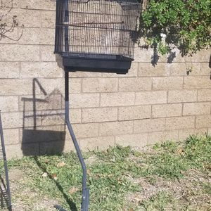 Bird Cage With Stand for Sale in Ontario, CA