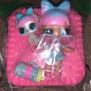 LOL DOLL SET AND ACCESSORIES for Sale in Bellflower, CA