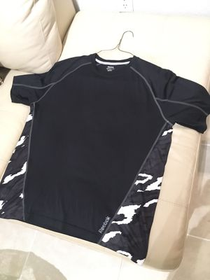 Reebok Men's Black Camo Short Sleeve Play Dry T-Shirt Size Large L for Sale in Miramar, FL