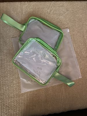 2 New Toiletry Bags for Sale in Troy, MI