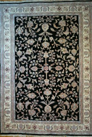 Persian Oriental hand knotted area rug for Sale in Bethesda, MD