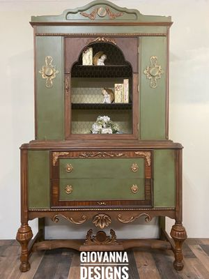 Gorgeous antique cabinet for Sale in Sykesville, MD