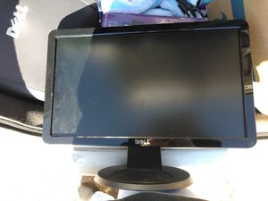 Dell home computer windows XP and it's a 19inch monitor for Sale in Inman, SC